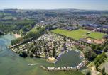 Camping  Acceptant les animaux Huanne-Montmartin - Camping Yverdon Plage-1