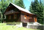 Location vacances Destné v Orlických horách - Chata U Studánky-1