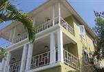Location vacances  Haïti - Les Appartements au 386 Avenue John Brown-1