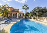 Location vacances Sanet y Negrals - Villa Beni-1
