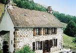 Location vacances Lascelle - Holiday home Maison Bourrel St Martin Valmeroux-2
