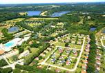 Camping avec Spa & balnéo Landevieille - Camping Village de La Guyonnière-1