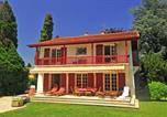 Location vacances Hasparren - Villa in Cambo-les-Bains-1