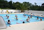 Camping avec Ambiance club Guidel - Camping Kerscolper-1