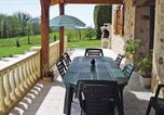Location vacances Savignac-Lédrier - Holiday Home Saint Mesmin with a Fireplace 04-3