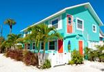 Location vacances Bradenton Beach - Bay View Inn 101-308 2nd Apartment-1