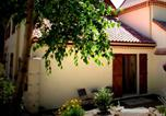 Location vacances Cussac - La Maison aux Arbres-3