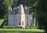 Location vacances Longvilliers - Gite Du Château De La Caloterie-2