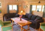 Location vacances Geiranger - Four-Bedroom Holiday home in Norddal-2