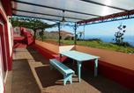 Location vacances Estreito Da Calheta - Gîtes Au Petit Madère-1