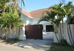 Location vacances Bang Sare - 3 Bedroom South Pattaya Beachfront-2