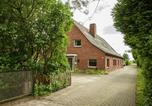 Location vacances Otterndorf - Holiday home Gruppenhaus An Der Nordsee 1-2