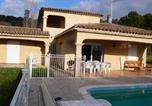 Location vacances Mouans-Sartoux - Lumineuse Villa avec Piscine à Grasse-1
