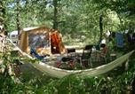 Camping avec Piscine Neuvic - Domaine naturiste de Chaudeau-3