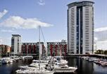 Location vacances Swansea - Marina Apartment-1