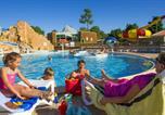 Camping avec Parc aquatique / toboggans Luçon - Capfun - Domaine du Zagarella-1