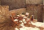 Location vacances Régusse - L'Ensoleilladou-1
