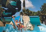 Camping avec Quartiers VIP / Premium Vendays-Montalivet - Aquatique Club Camping La Pinede-3