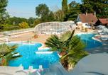 Camping avec Parc aquatique / toboggans Candé-sur-Beuvron - Domaine Résidentiel de Plein Air Le Parc des Allais-1