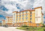 Location vacances Vecsés - Apartment Lorinci Ii Vecses-1
