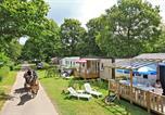 Camping avec Quartiers VIP / Premium Coudeville-sur-Mer - Castel Château de Galinée-4