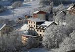 Location vacances Saint-Colomban-des-Villards - Apartment Route de la Croix de Fer-1