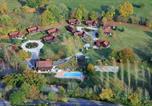 Camping Chauffour-sur-Vell - Le Village de Thegra-1