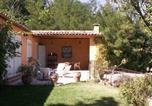 Location vacances Roussillon - Holiday home Les Vignes Roussillon-2