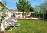 Location vacances Listrac-Médoc - Gîte L'Hirondelle-2