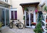 Location vacances Villeneuve-le-Roi - Chez Sonia et Jonas-2