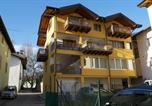 Hôtel Calceranica al Lago - B&B Al Rio-1