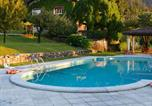 Location vacances Laveno-Mombello - Holiday home Ortensia Castelveccana-3