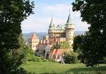 Location vacances Bojnice - Three-Bedroom Apartment in Nitrianske Rudno I-4