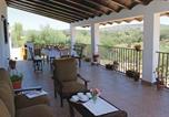 Location vacances Peñaflor - Holiday Home La Puebla de los Infa with a Fireplace 05-3