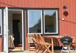 Location vacances Karlskrona - Three-Bedroom Holiday home in Drottningskär-1