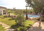 Location vacances Servian - Studio Holiday Home in Espondeilhan-4