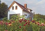 Location vacances Świdnica - Holiday home Pieszyce Rosciszow-2