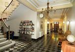Hôtel Mirepeisset - Les Volets Bleus-4