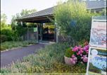 Camping avec Site nature Salles-Curan - Yelloh! Village - La Grange De Monteillac-2