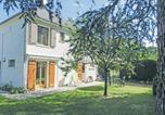 Location vacances Saint-Patrice - Apartment Place Albert Ruelle L-751-1