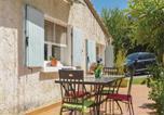 Location vacances Cornillon-Confoux - Two-Bedroom Holiday Home in Miramas-4