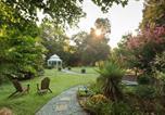 Hôtel Creedmoor - Arrowhead Inn-4