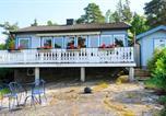 Location vacances Stenungsund - Holiday Home Stora Askerön-4