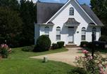 Location vacances Durham - Enentire tidy and cozy 2/1 home in prime location-1