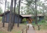 Location vacances Flagstaff - Mountain Retreat with Style-1