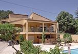 Location vacances Bord de mer de Martigues - Holiday home St Mitre les Remparts 63 with Outdoor Swimmingpool-1