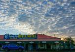 Hôtel Mission Beach - Lucinda Point Hotel Motel-1