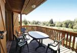 Location vacances  Cantal - Holiday Home Le Soleil - 01-3