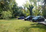 Location vacances Les Milles - Joli studio calme jardin parking Internet-1