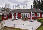 Location vacances Borås - One-Bedroom Holiday Home in Hillared-2